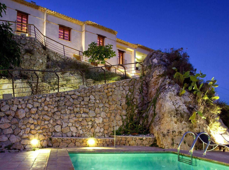 Un hotel de alhama entre los mejores de espa a bajoelcejo for Hoteles de superlujo en espana
